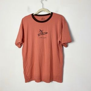 Good karma by Life is good men's surfboard t-shirt